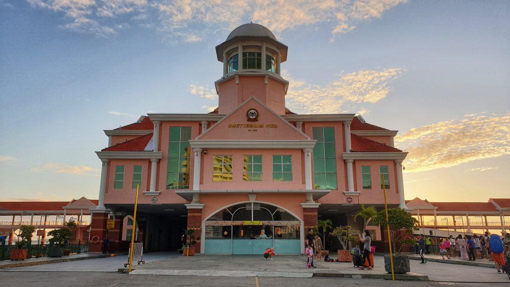 Abschied von Penang am Fairterminal