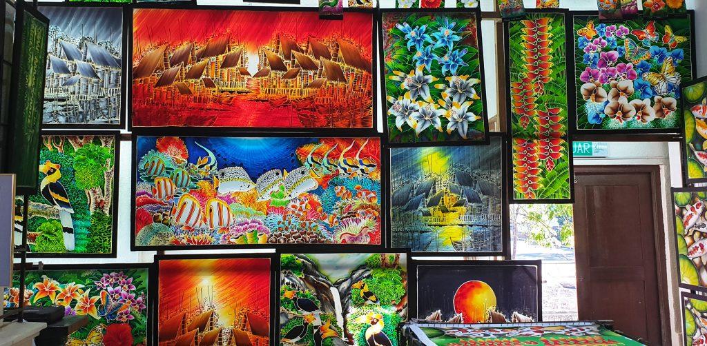 Farbenfrohe Batikbilder